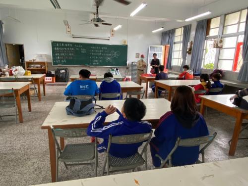 20201211八年級高中職參訪_210202_27.jpg