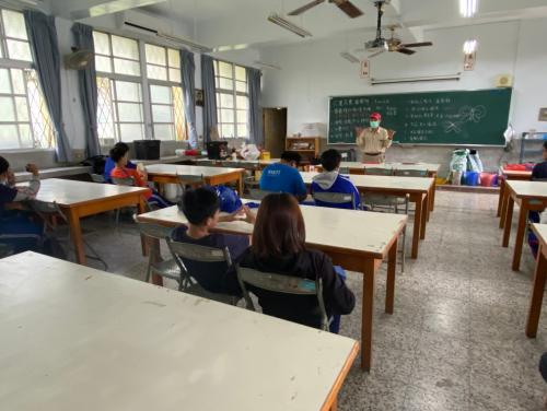 20201211八年級高中職參訪_210202_28.jpg