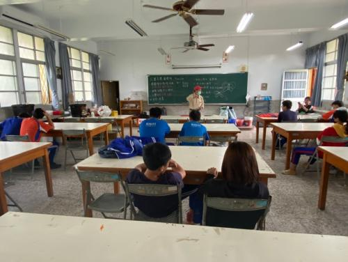 20201211八年級高中職參訪_210202_32.jpg