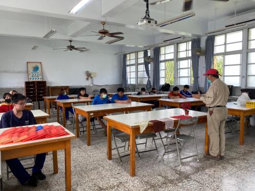20201211八年級高中職參訪_210202_39.jpg