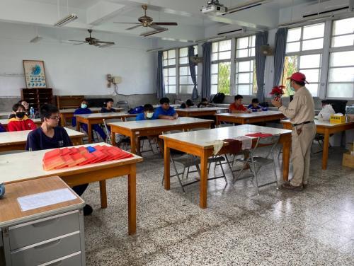 20201211八年級高中職參訪_210202_40.jpg