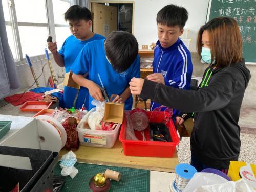 20201211八年級高中職參訪_210202_46.jpg
