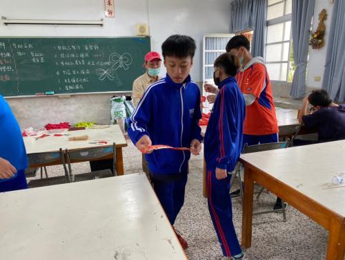 20201211八年級高中職參訪_210202_77.jpg