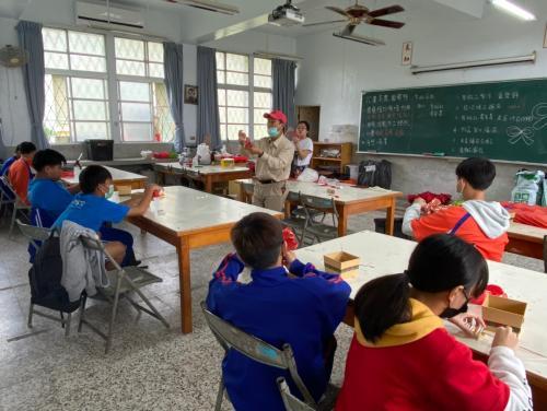20201211八年級高中職參訪_210202_88.jpg