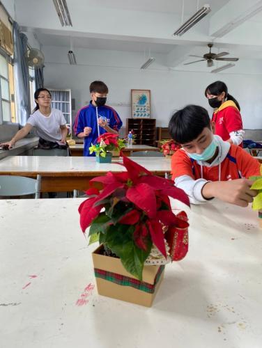 20201211八年級高中職參訪_210202_112.jpg