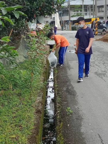 環境教育-社區掃街活動109.05.05_200511_0035.jpg